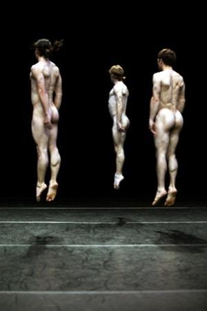 Impulstanz: The modesty of icebergs – Daniel Leveillé