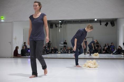 Landscape architect Verena Holzgethan with dancer Satu Herrala