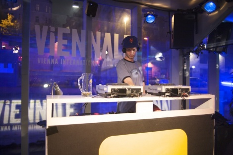 DJ on Viennale Badeschiff