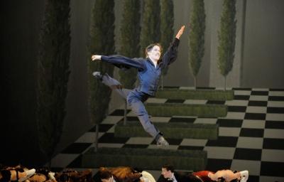 Kirill Kourlaev leaps