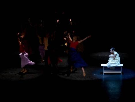 Capulet household mourns 2 8