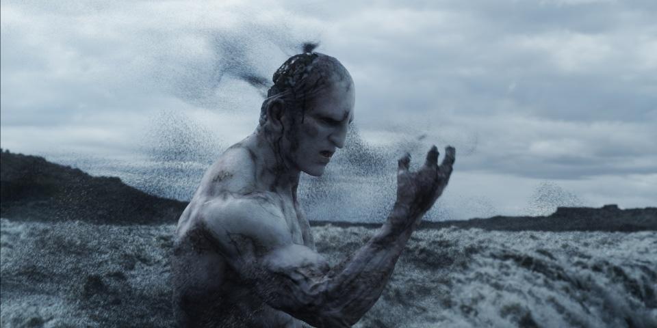 origin-of-life-on-earth-disintegrating-engineer-in-prometheus-1