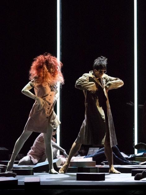 "Rebecca Horner, Masayu Kimoto in ""Der Feuervogel"""