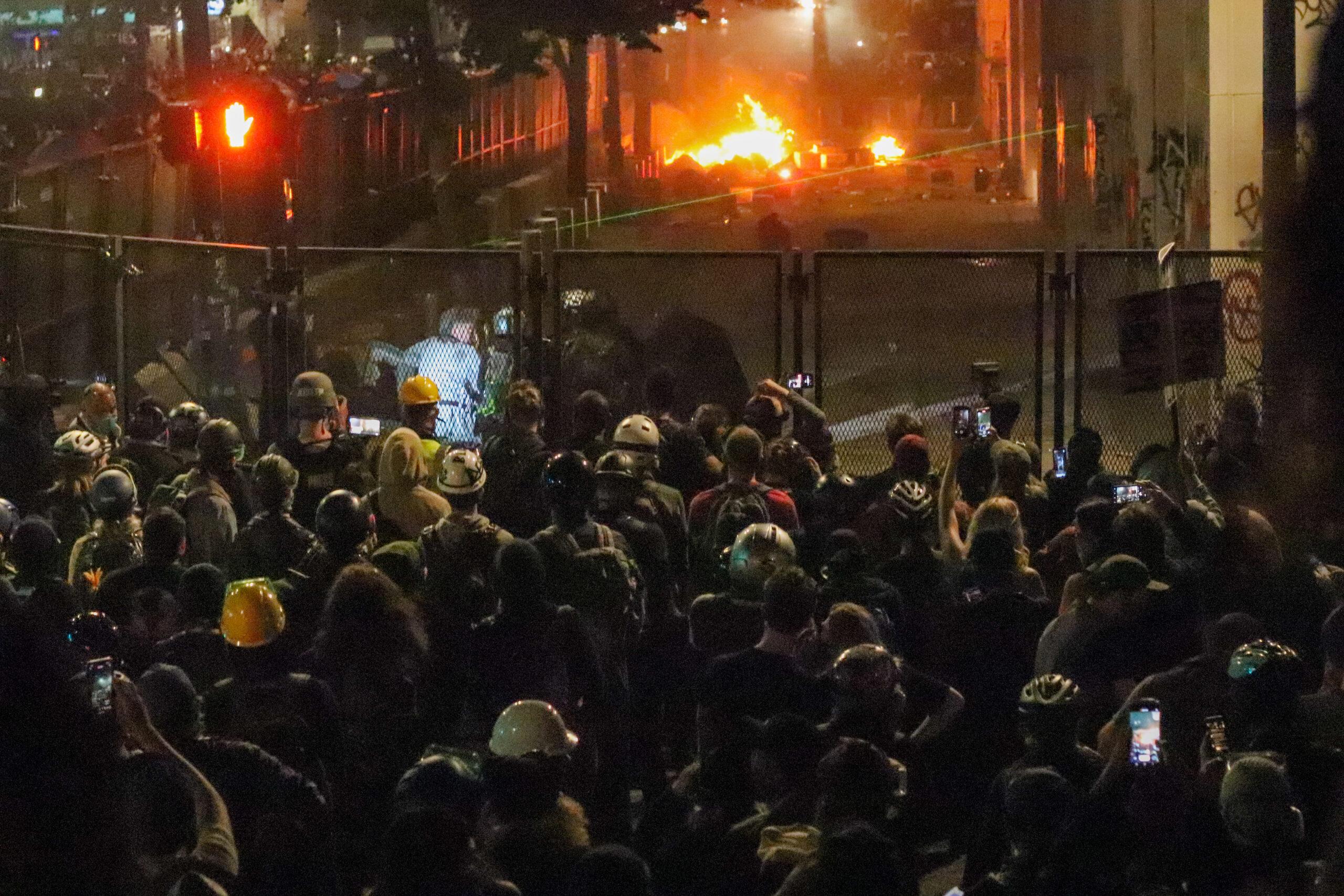 Portland-riots.jpg