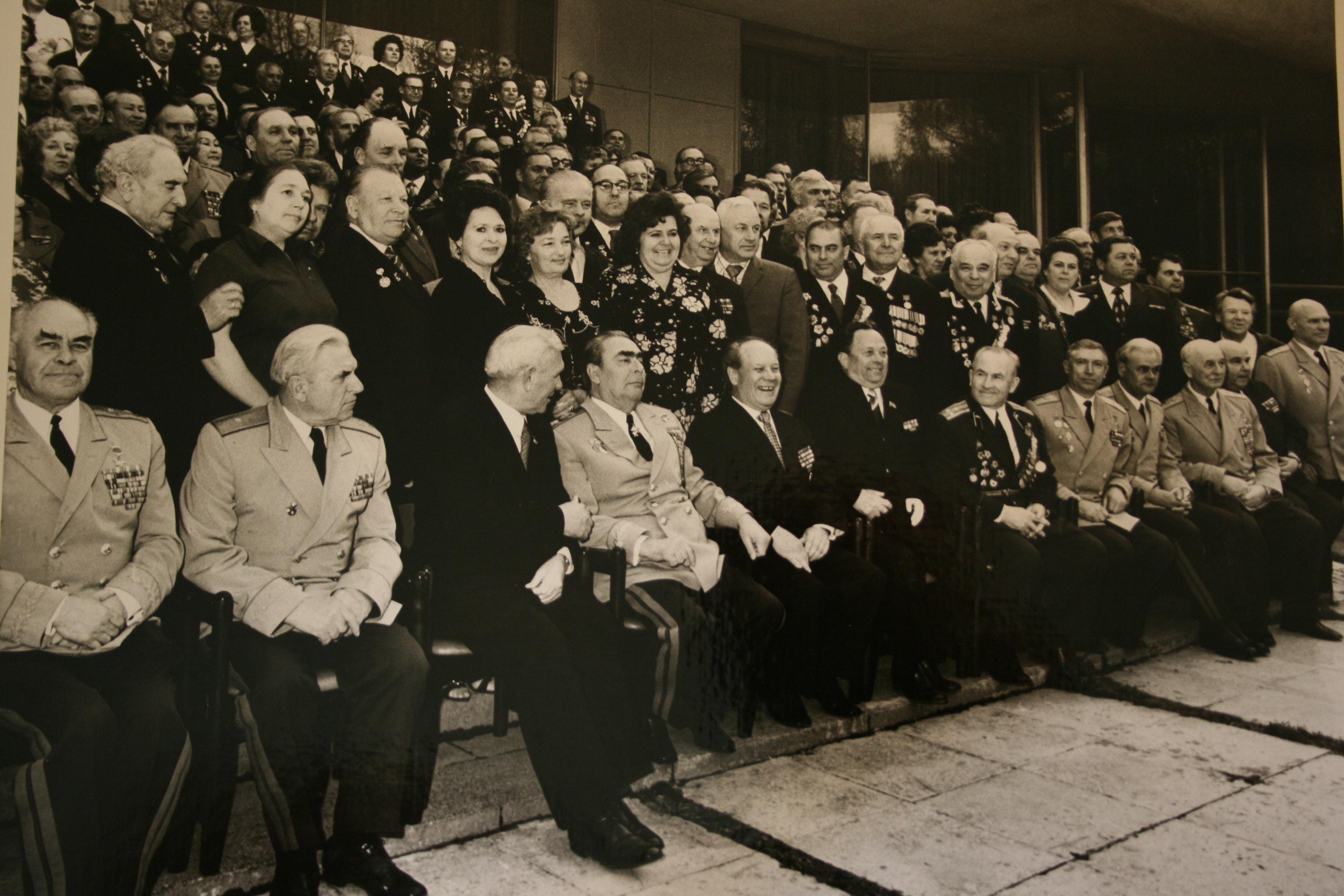 Leonid-Brezhnev-in-1976-with-fellow-Soviet-leaders