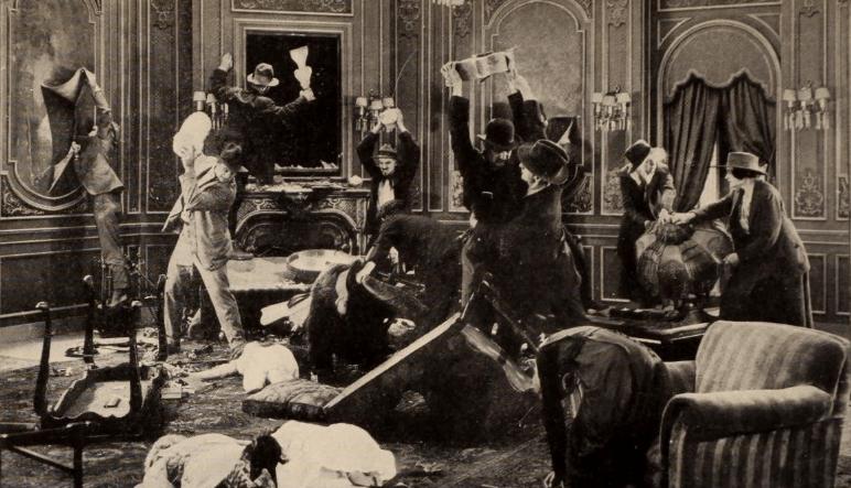 Dangerous-Hours-Bolsheviks-robbing-apartment