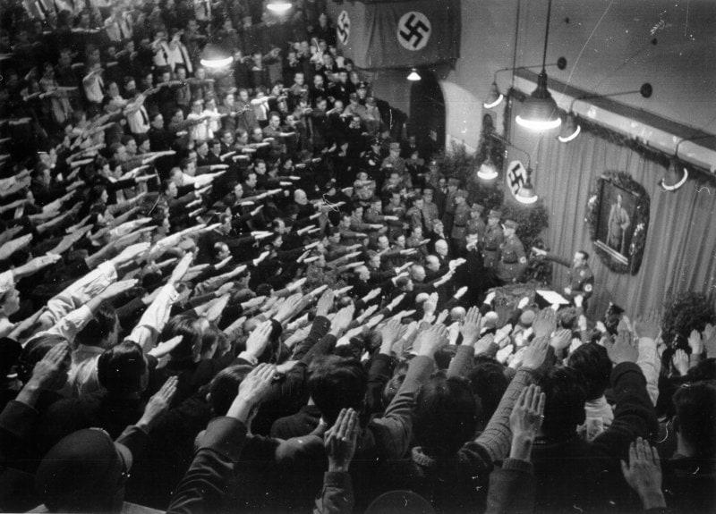 1938-Austria-entryspeech-university-after-anschluss