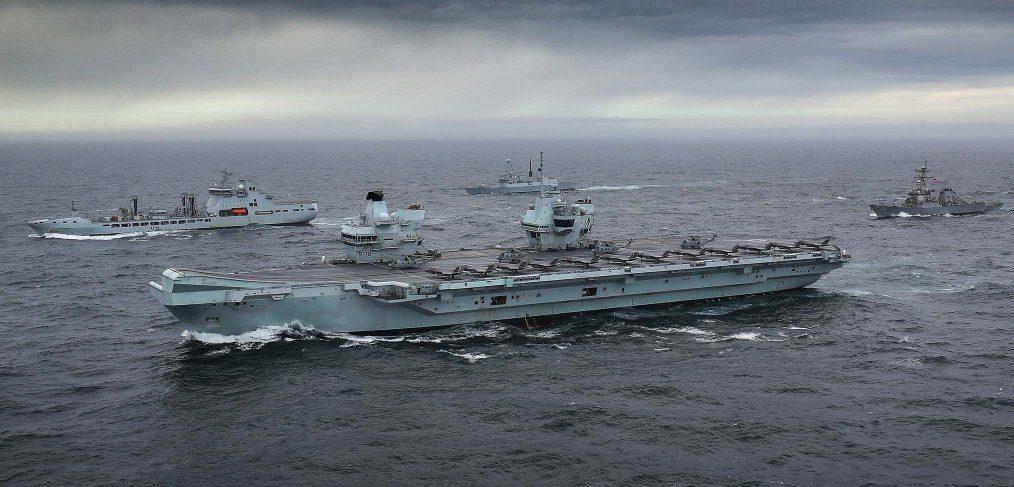 HMS-Queen-Elizabeth-in-carrier-strike-group