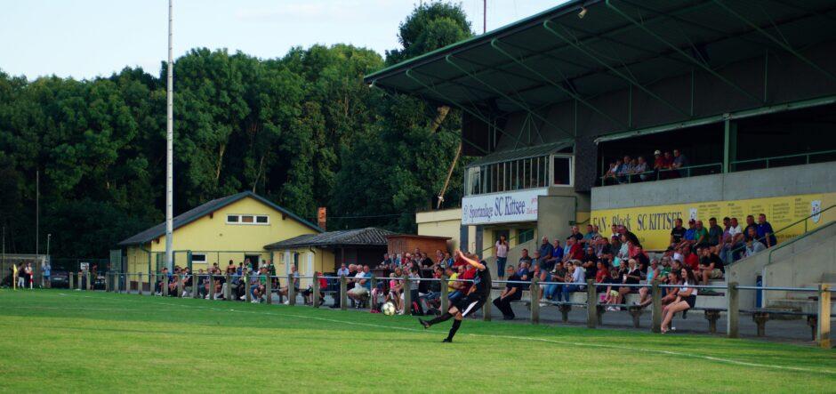 Fans in SC Kittsee Tribune watch