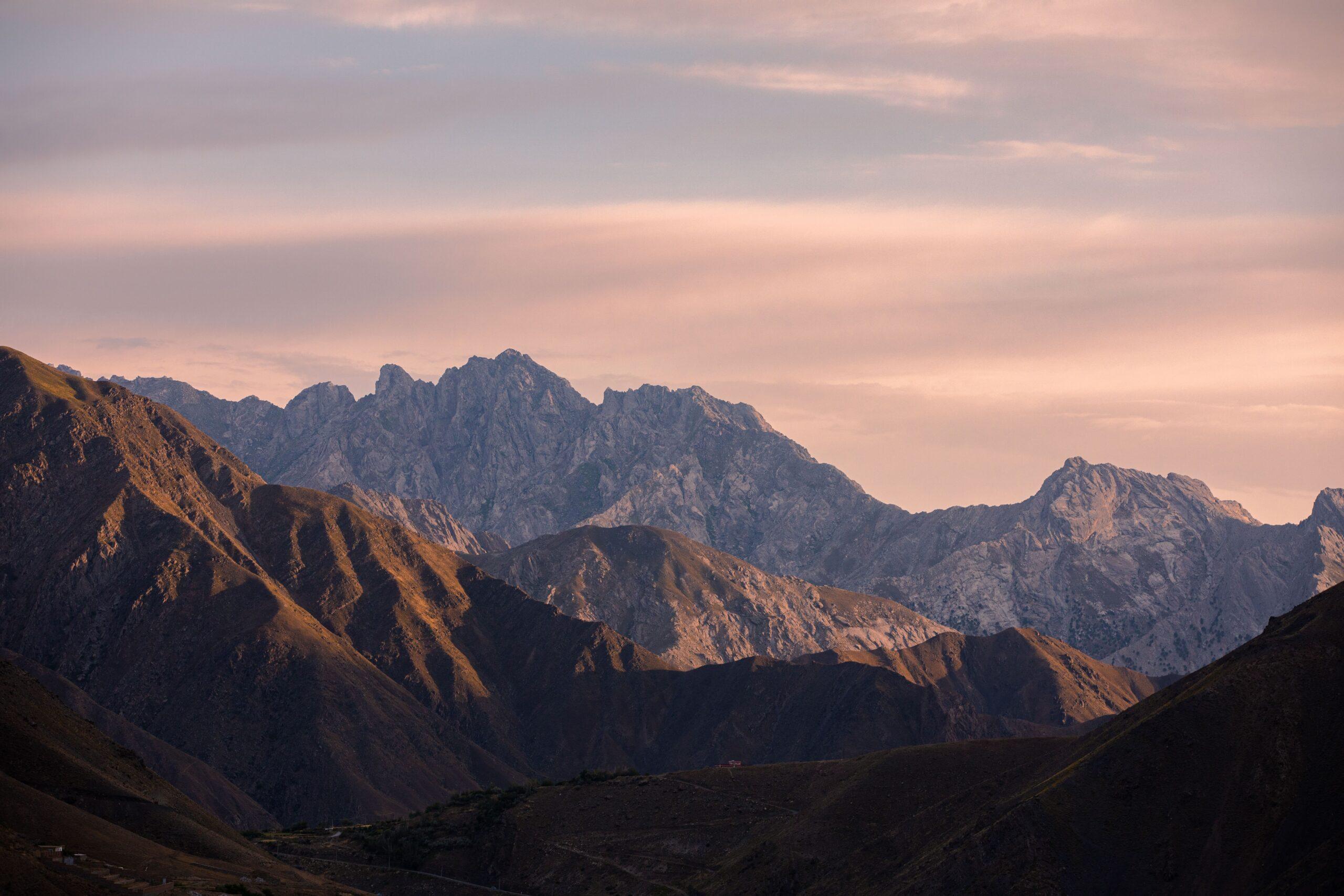 nasim-dadfar-mountains-of-afghanistan.jpg