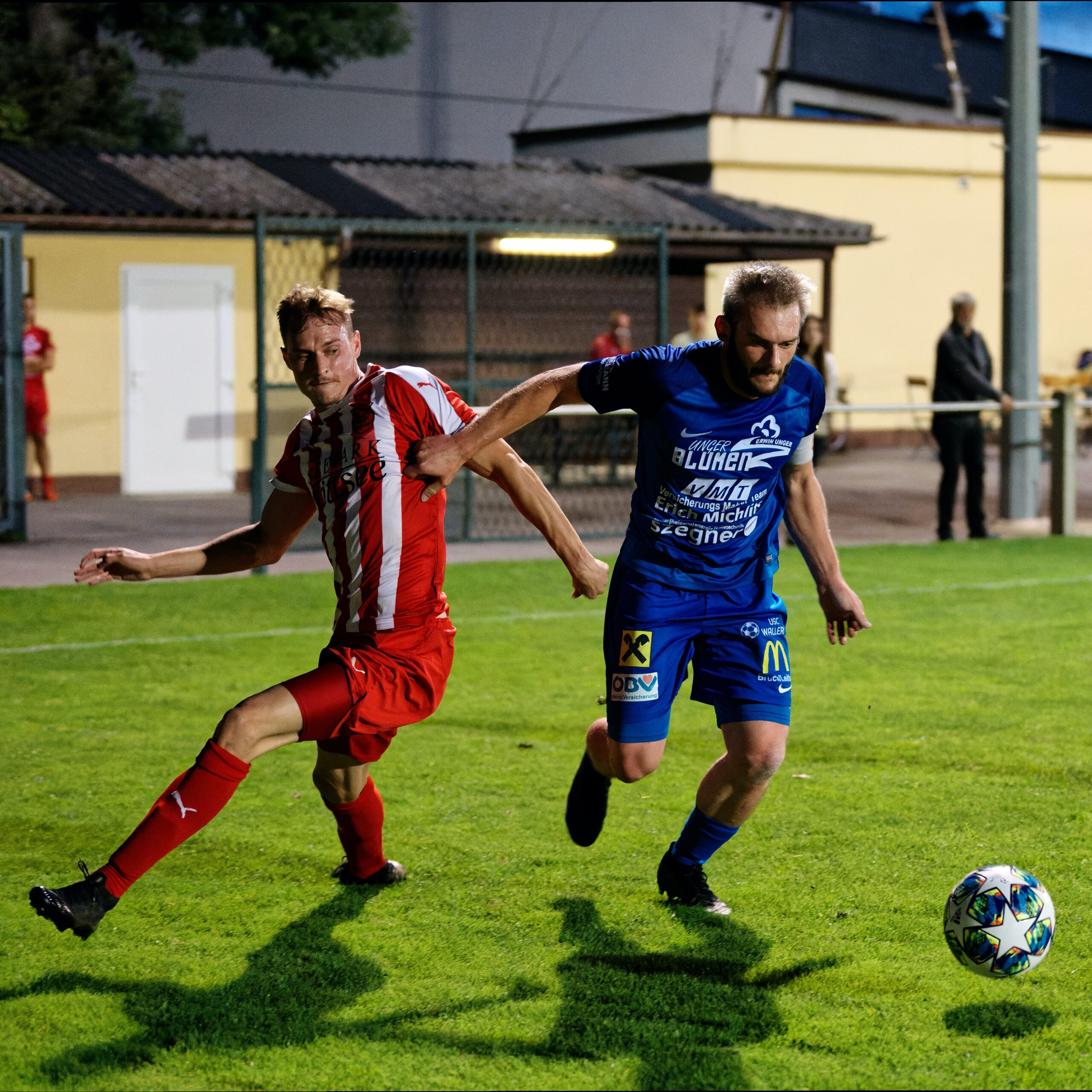 Simon Steiner and Jozef Sombat fight for the ball