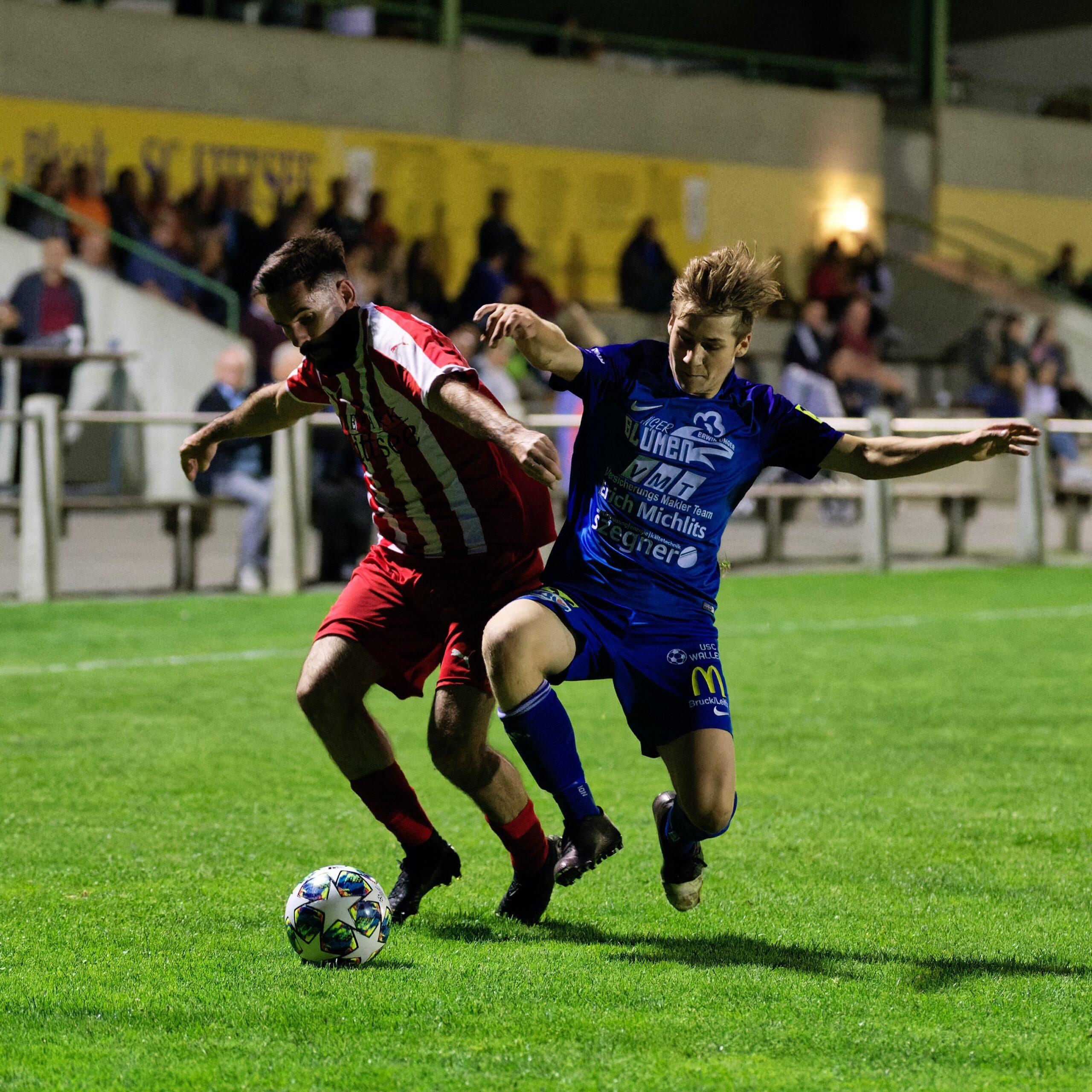 Dominik Janisch flying tackle