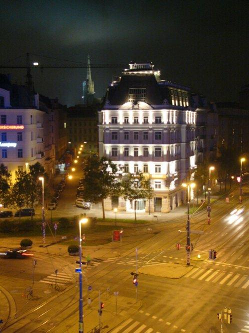 Urania-View-Night-Raabplatz